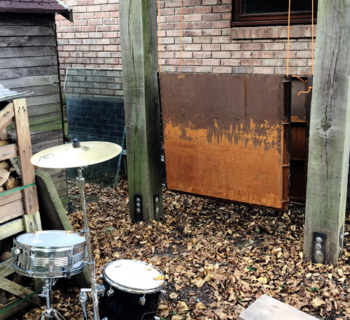 Plate & outdoor drums
